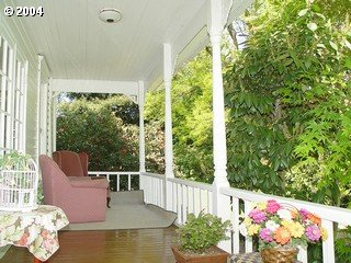 [photo of back porch]