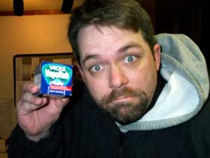 [photo of the Vicks VapoRub box]