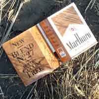 [photo of Cigarette box]